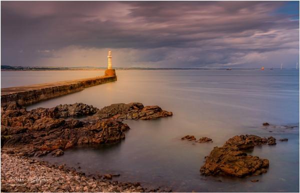 Greyhope Bay, Aberdeen by Mstphoto
