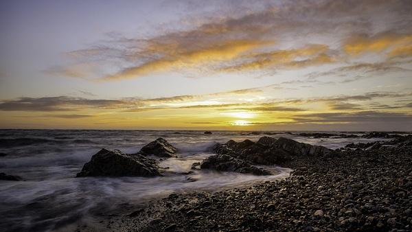 LÂ'Etacq Sunset by happysnapper