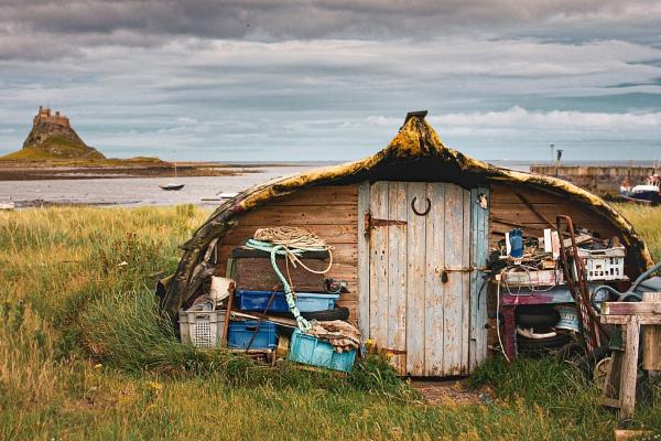 Fisherman\'s Hut by Debsi