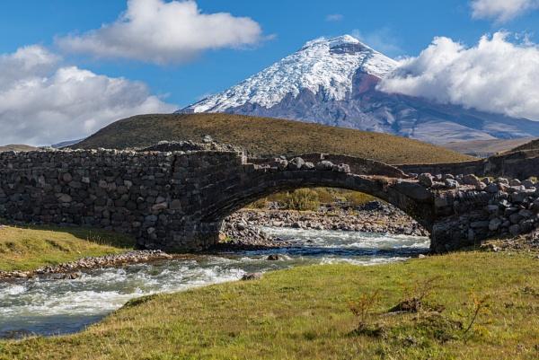 Cotopaxi volcano and Pita river by macxymum