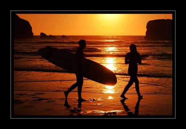 Sunset Surfers Perranporth by ZenTony