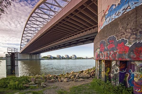 Under the bridge by joop_