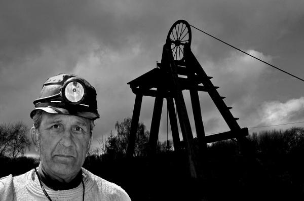 Coal Miner by dven