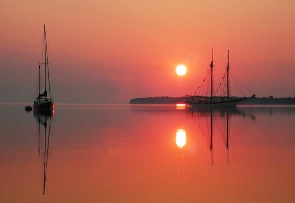 Sutton\'s Bay by jrsundown