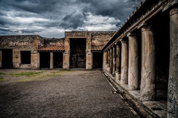 Up Pompeii by JohnDyer