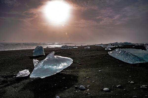 Diamond Beach by JohnDyer