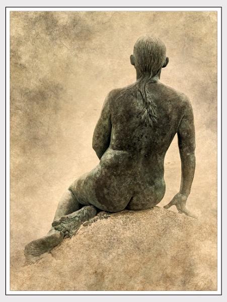 Mermaid of Folkestone by Robert51