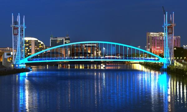 Salford Lift Bridge 30-7-2020 by dnlk_london
