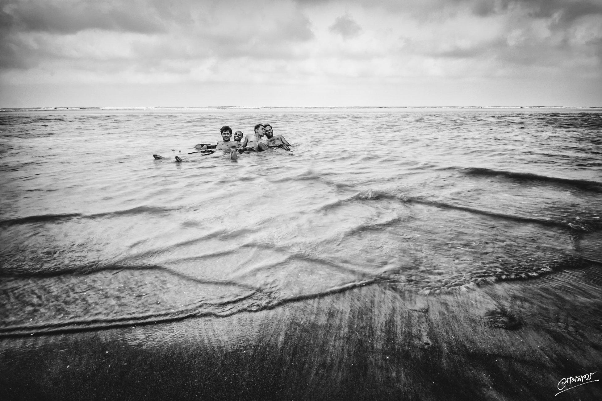 Cross sea...