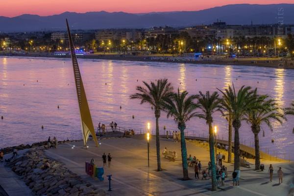 Salou Beach @ Sunset, Spain by touchingportraits