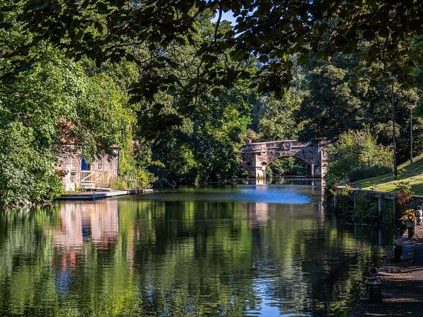 Bishops Bridge on River Wensum, Norwich by pdunstan_Greymoon