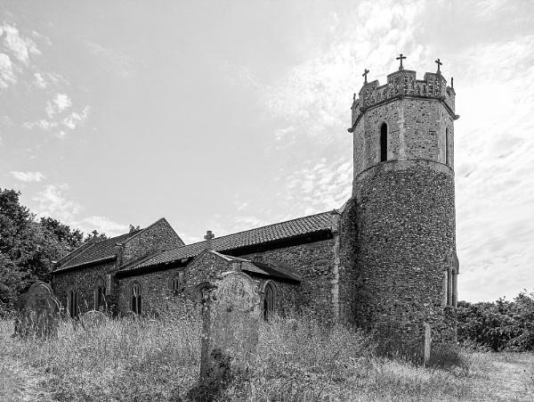 St Marys church, Hassingham by pdunstan_Greymoon