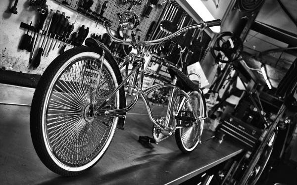 Custom Low Rider Bike Chrome by icipix