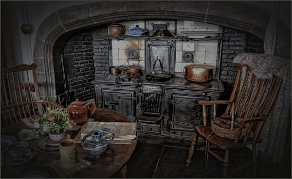 Ye Olde Kitchen IV (8) by PhilT2