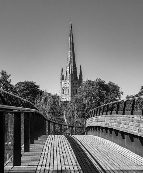 Norwich Cathedral from Jarrold Bridge by pdunstan_Greymoon