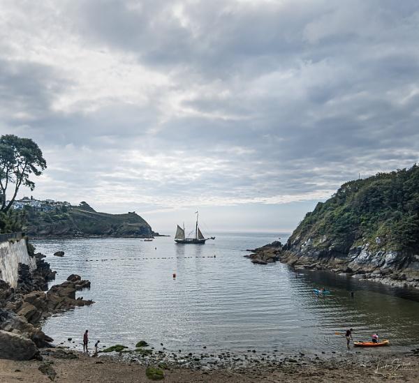 Setting sail by LLCJ