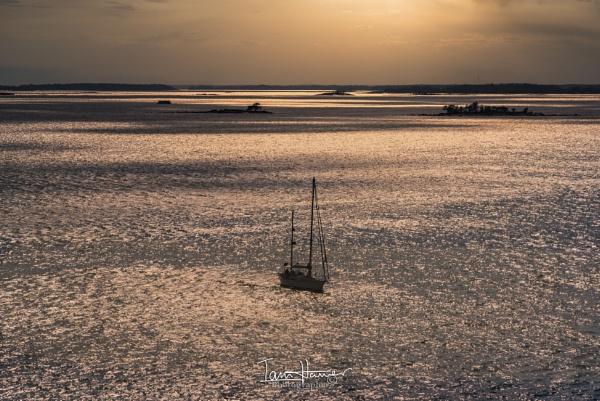 Sunset seascape by IainHamer