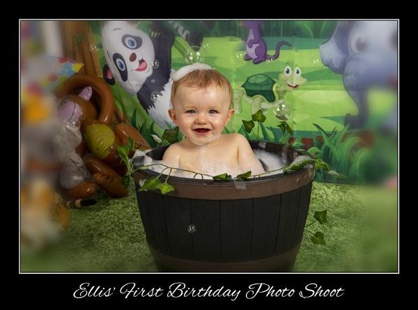 1st Birthday Photo Shoot by r0nn1e