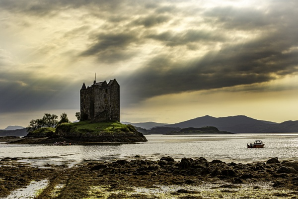 Castle Stalker by neil75