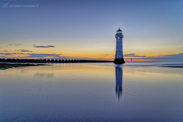 Perch Rock Incoming by Alffoto