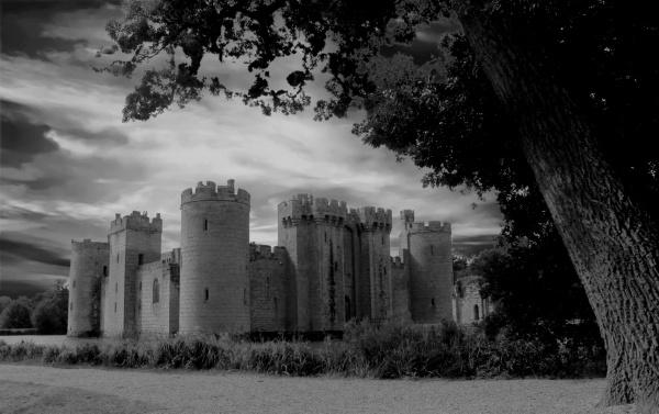 Bodiam Castle by micra-chameleon