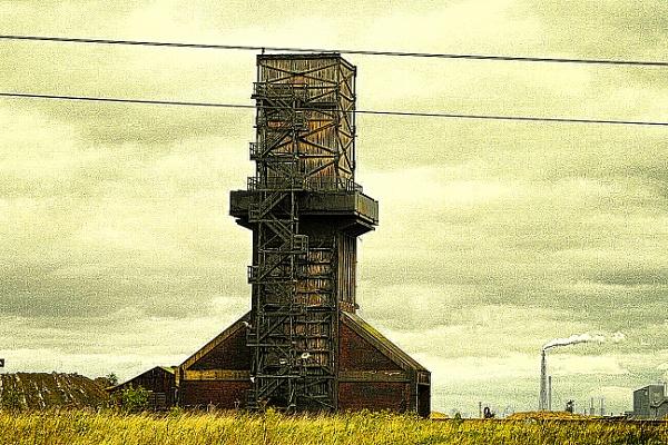 DERELICT BUILDING. by kojack