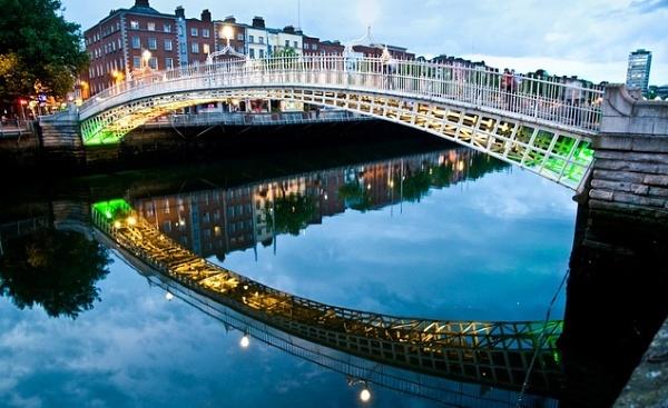 The Half penny bridge  Dublin by gunner44