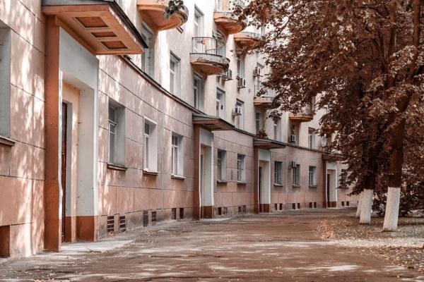 Old Nizhny Novgorod courtyards by ViVla