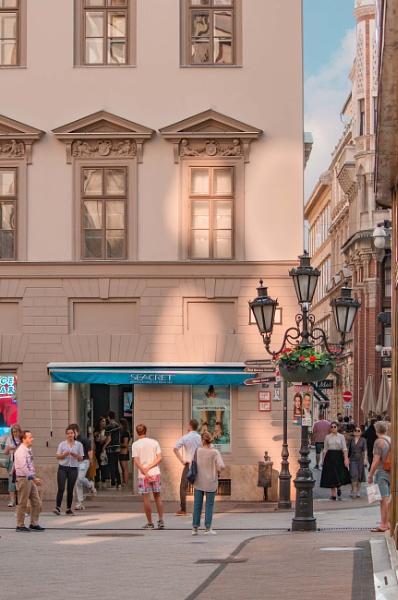 Budapest streets by ViVla