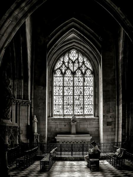Transept by Xandru