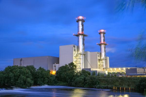 Power Station by bobelle