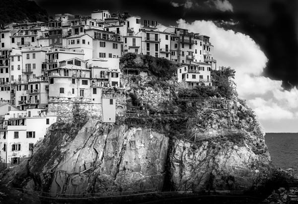 Cinque Terre by bobbyl