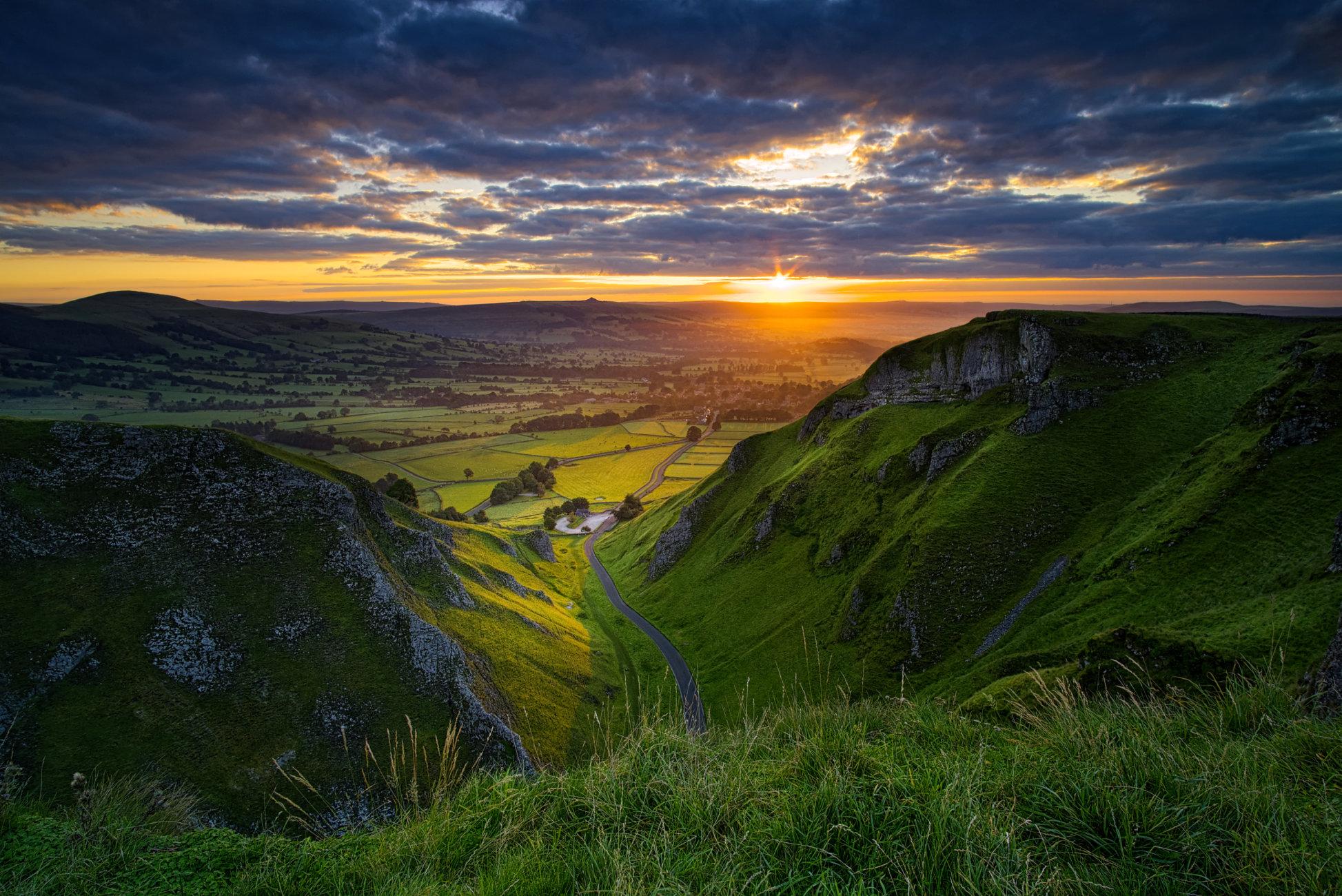 Sunrise, Winnats Pass