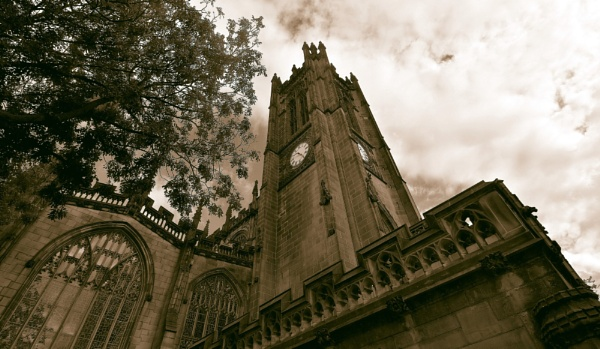 Manchester  cathedral by oldham