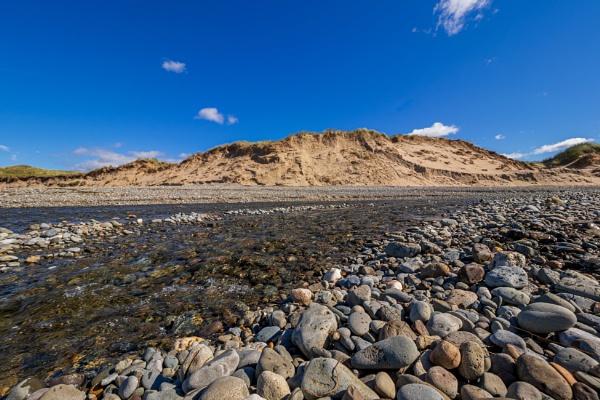 Pebbles n Dunes by ste_p0270