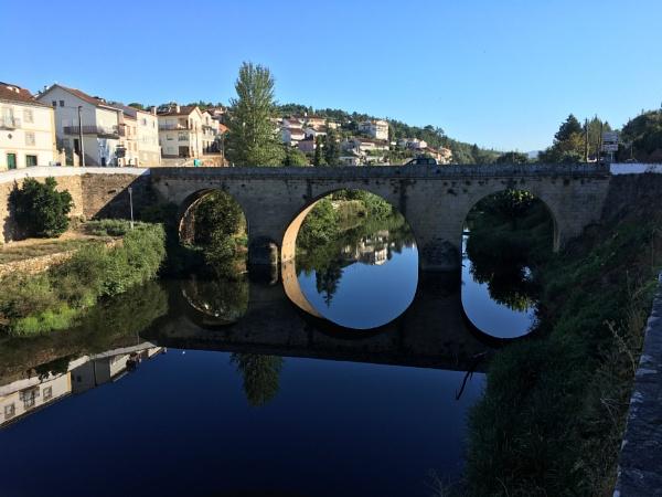 The bridge at Côja by jacomes