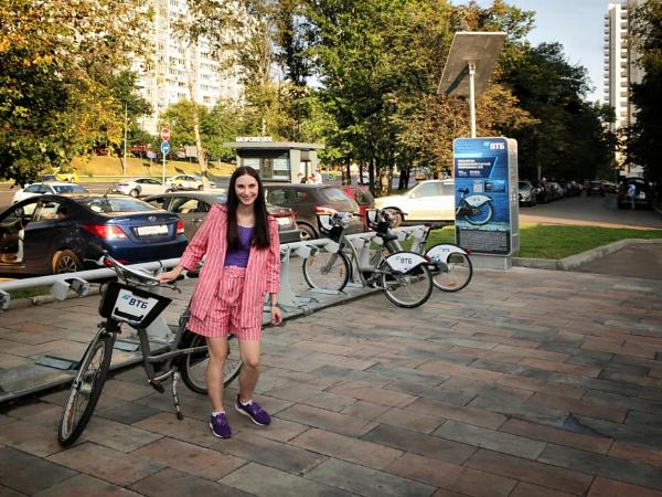 rent a bike by leo_nid