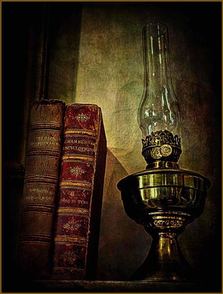 Lamplight in Colour by adagio