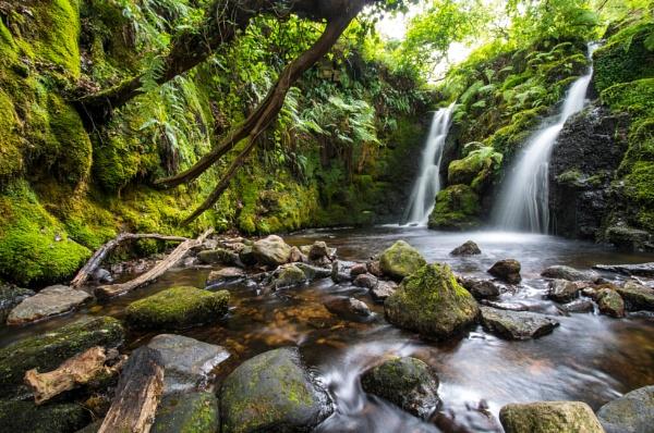 Hidden Falls by JohnDyer