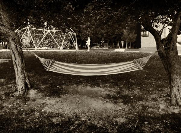 hammock anyone ? by leo_nid