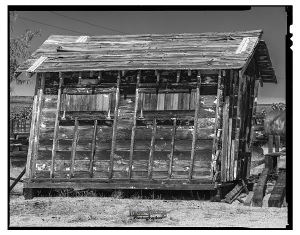 The Leaning shack of Cima by IainHamer