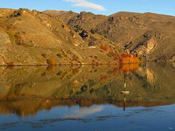 Lake Dunstan 26 by DevilsAdvocate