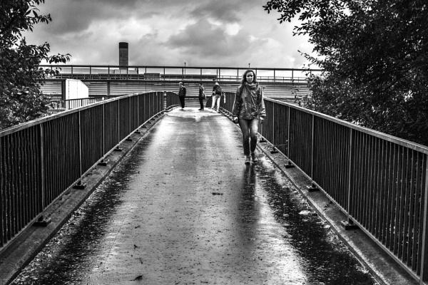 Glasgow in the Rain by AndrewAlbert