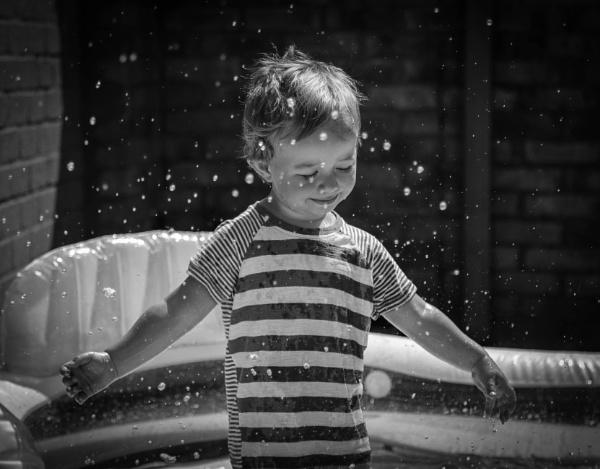 Splash by mammarazzi