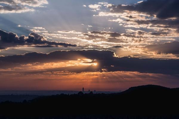 Sunrise in Johannesburg by Coen