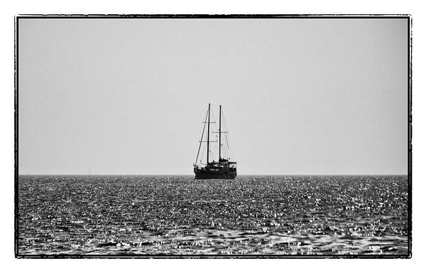 On the high seas by nklakor