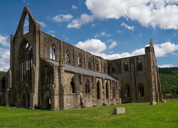 Tintern Abbey, UK by royd63uk