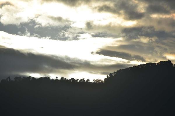 Silver Lining.... by tashi