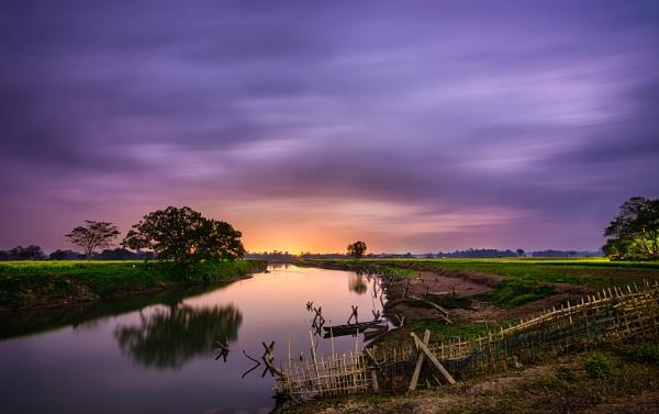 Hues of dusk by arindomb