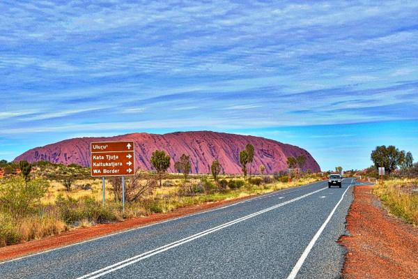 Uluru - 13. by WesternRed